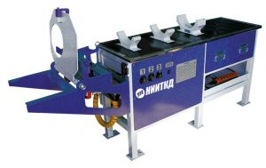 Bench for the automatic coupling disassembly (assembly)