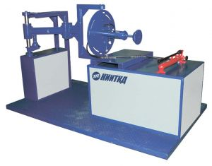Motor disassembly and assembly bench