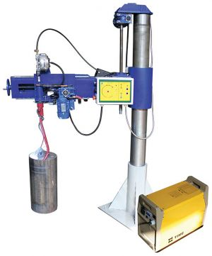 Installation for welding the motor-axial necks